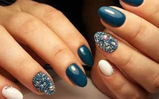 Белые овальные ногти