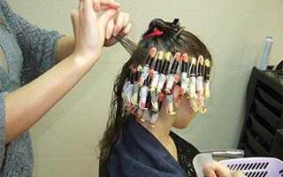 Вертикальная завивка на средние волосы