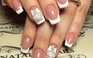 Белый френч на квадратных ногтях