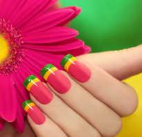 Маникюр френч с цветами