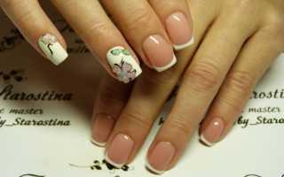 Белые цветы на ногтях фото